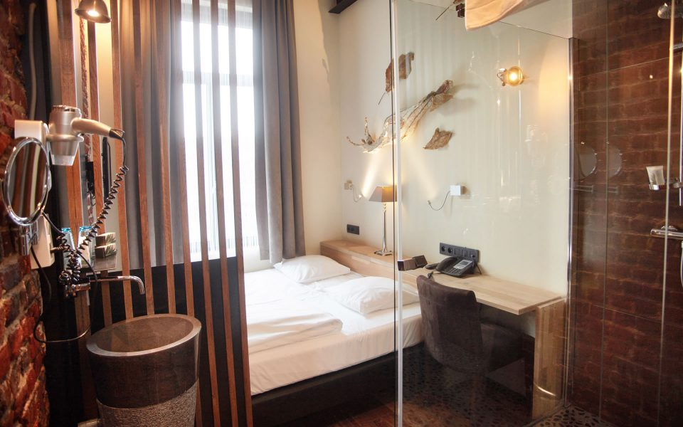 Budget Double Room Boutique Hotel Brussels